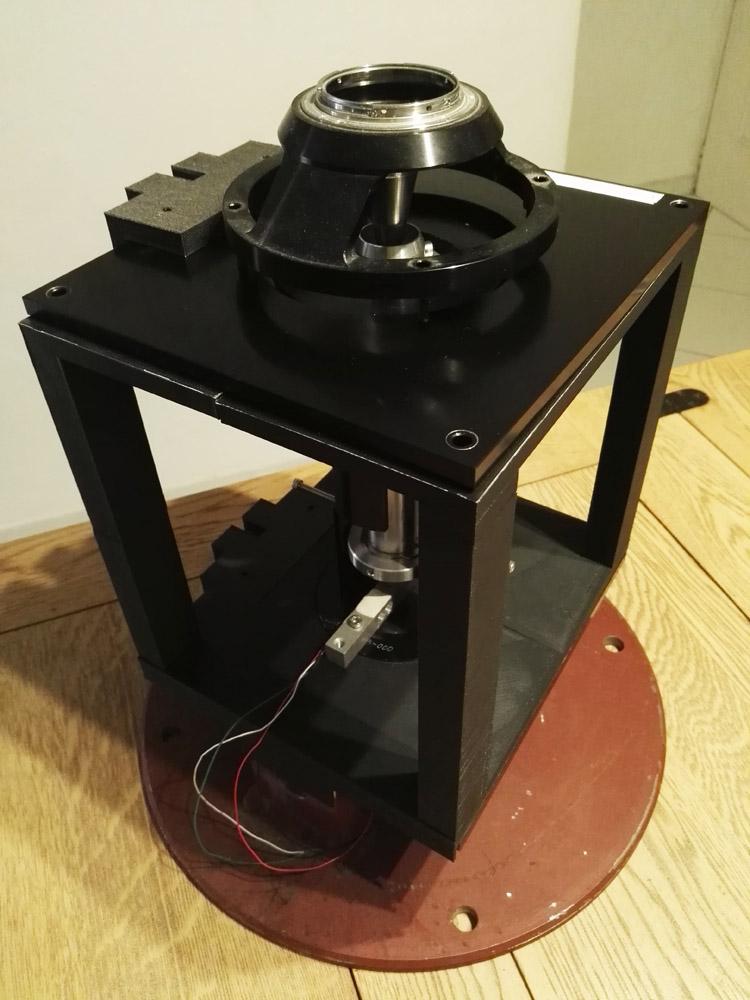 banc de test boitier de mesure 1er test d 39 un moteur estes d12 0. Black Bedroom Furniture Sets. Home Design Ideas